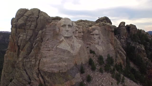 aerial view over mount rushmore - george washington stock videos & royalty-free footage