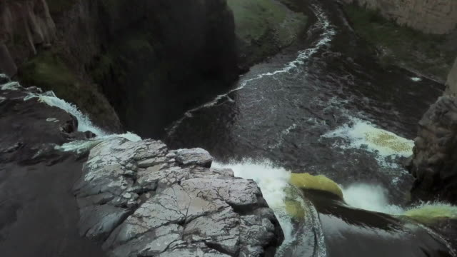 aerial view over the top of palouse falls - palouse stock videos & royalty-free footage