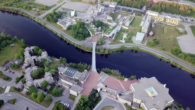 stockvideo's en b-roll-footage met luchtfoto peterborough - ontario canada