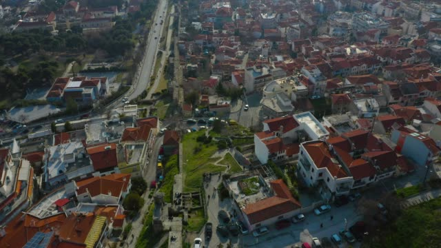 aerial view - reveal of thessaloniki, the old city,  and the sea front - thessalonika stock videos & royalty-free footage