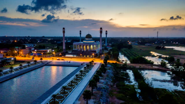 aerial view timelapse of beautiful sky of central songkhla mosque thailand - songkhla province stock videos and b-roll footage