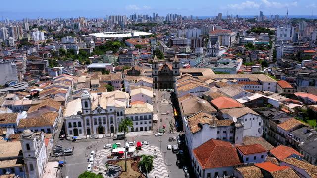 vídeos y material grabado en eventos de stock de vista aérea al centro de la ciudad de salvador, bahía, brasil - bahía