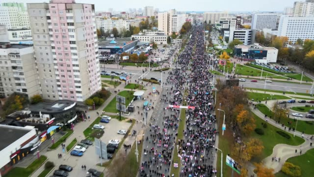 aerial views from a drone of one of the biggest nation-wide protest against president lukashenko on october 25, 2020 in minsk, belarus. according to... - größter stock-videos und b-roll-filmmaterial