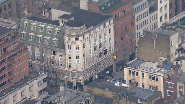 aerial views of 8890 hatton gardens safe deposit box ltd with press and police outside after robbery on april 08 2015 in london england - thief stock videos & royalty-free footage