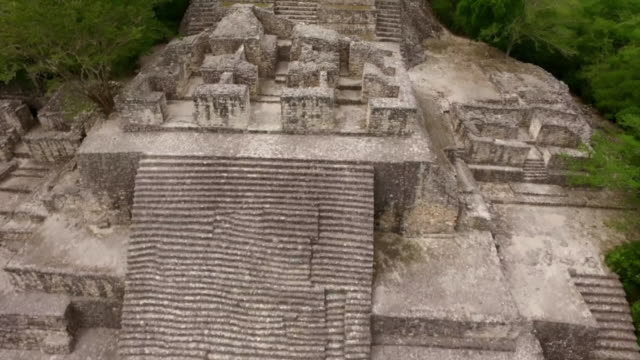 aerial views of a large mayan building at calakmul - old ruin stock videos & royalty-free footage