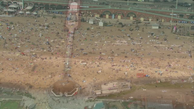 aerial views of crowds on beaches - crowded stock videos & royalty-free footage