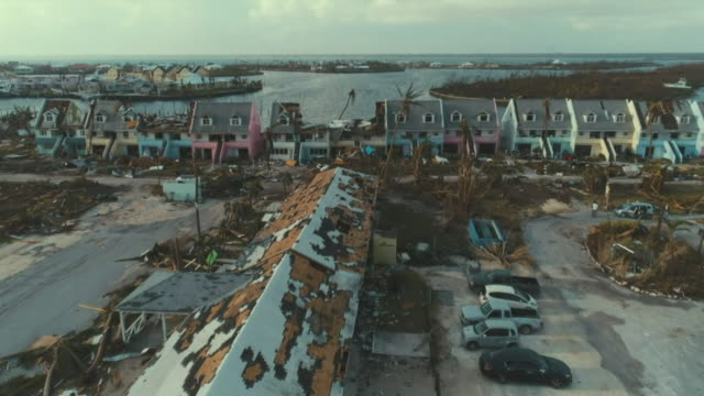 vídeos y material grabado en eventos de stock de aerial views of destruction caused by hurricane dorian on the abaco islands in bahamas - bahamas