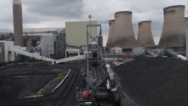 aerial views of drax power station - coal fired power station stock videos & royalty-free footage