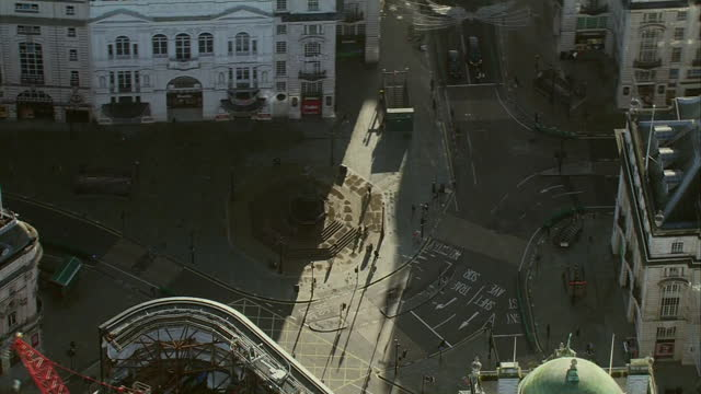 aerial views of empty streets in central london after new tier 4 coronavirus restrictions were introduced - road stock videos & royalty-free footage