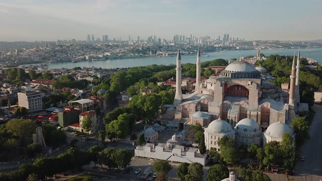vidéos et rushes de aerial views of hagia sophia in istanbul - byzantin