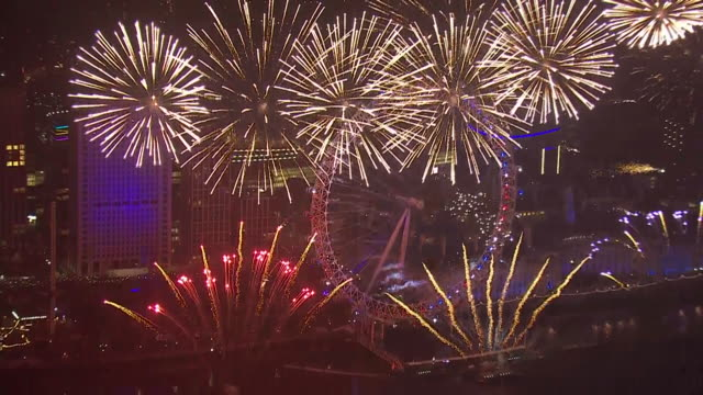 aerial views of london's fireworks display and countdown to celebrate the new year on december 31, 2019 london, england. - countdown stock videos & royalty-free footage
