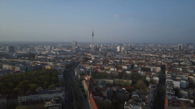aerial views of the berlin skyline with tv tower - antenne stock-videos und b-roll-filmmaterial