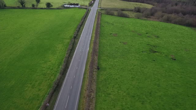 aerial views of the border between northern ireland and the republic of ireland on 1st december 2017 northern ireland - 北アイルランド点の映像素材/bロール