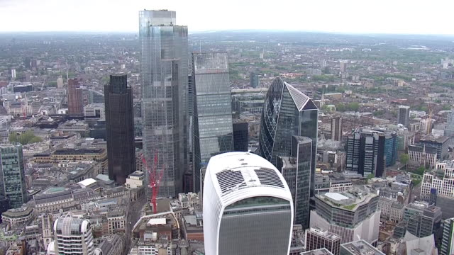 aerial views of the city of london on 29th april 2020 london, united kingdom. - financial district stock videos & royalty-free footage