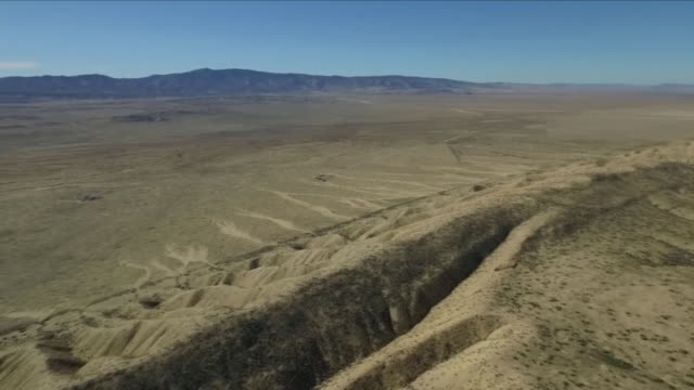 aerial views of the san andreas fault line - baia di san francisco video stock e b–roll