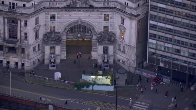 aerial views of waterloo station on 4th november 2020 london, united kingdom. - epidemic stock videos & royalty-free footage