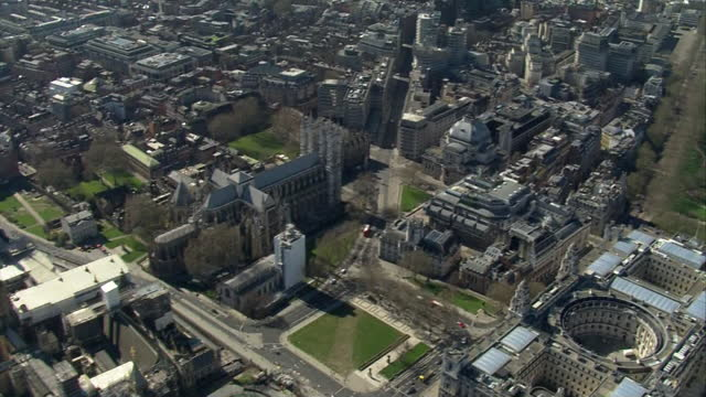 aerial views of westminster - aircraft point of view stock videos & royalty-free footage