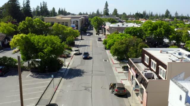 luftaufnahmen auf los altos, kalifornien - blickwinkel aufnahme stock-videos und b-roll-filmmaterial