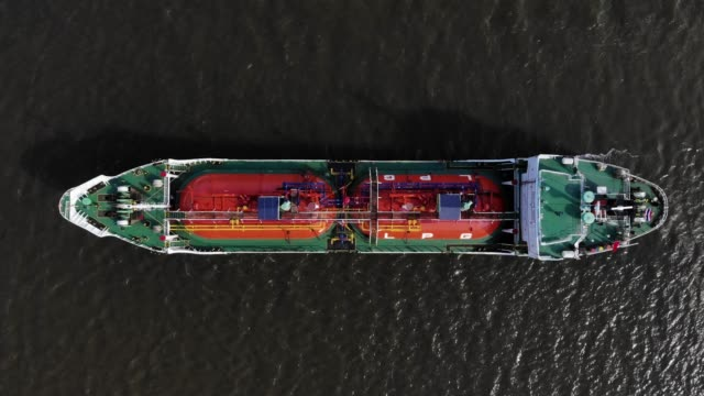 aerial viiew/lpg gas tanker parked at sea because the outbreak of the covid-19 has made the economy worse, the reduced gas usage - petrol stock videos & royalty-free footage