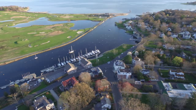 Aerial waterfront town, 4K