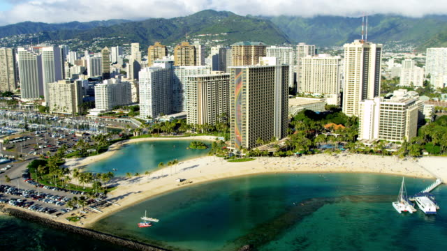 stockvideo's en b-roll-footage met aerial waterfront view of waikiki beach hotels hawaii - oahu