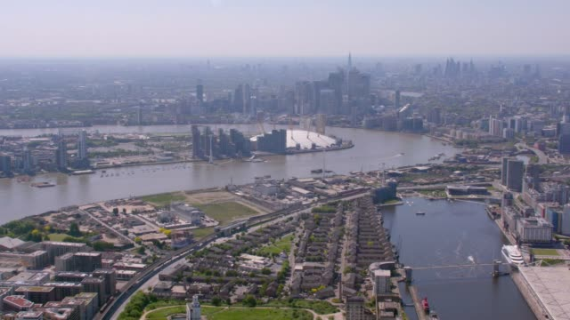 aerial wide view of london, uk. 4k - international landmark stock videos & royalty-free footage
