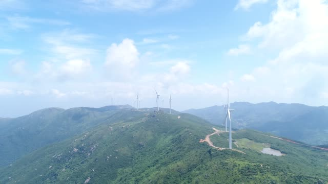 stockvideo's en b-roll-footage met luchtfoto wind kracht centrales - middelgrote groep dingen