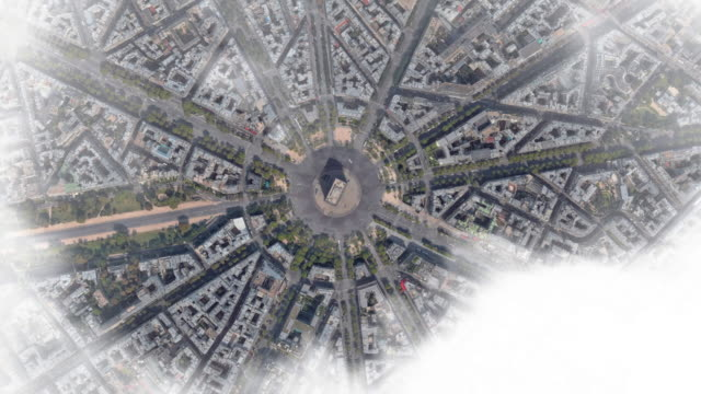 vídeos de stock, filmes e b-roll de aerial zoom out view of paris city to the planet earth with outer space view. - arco triunfal