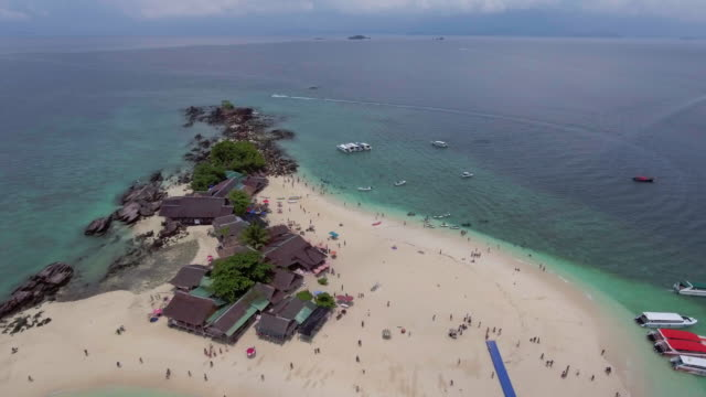 Aerial:Beach on the Egg Island