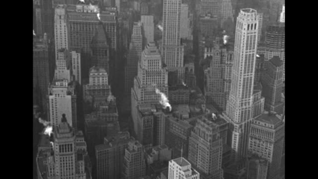 aerials manhattan and battery park / note: exact year not known; documentation incomplete - 1940 1949 stock-videos und b-roll-filmmaterial