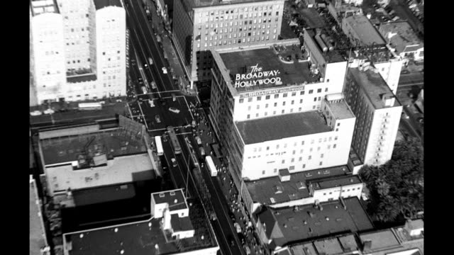 aerials of hollywood vine st the broadway hollywood building in view aerials of hollywood on january 01 1940 in los angeles california - 1940 bildbanksvideor och videomaterial från bakom kulisserna