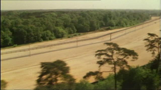 "aerials of the berlin wall 1986 - ""bbc news"" stock-videos und b-roll-filmmaterial"