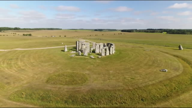 aerials stonehenge - religion stock videos & royalty-free footage