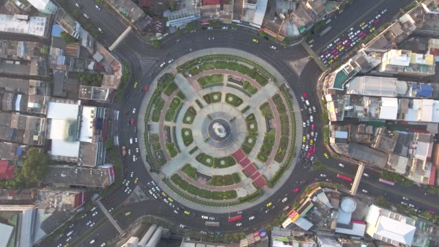 aerial:traffic car in circle - roundabout stock videos and b-roll footage