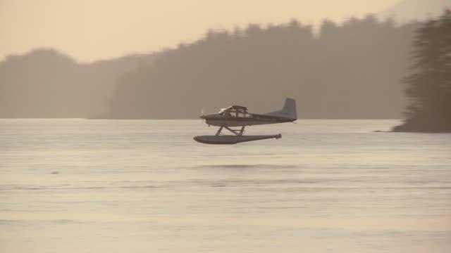 WS TS Aero plane landing in Clayoquot Sound / Tofino, British Columbia, Canada