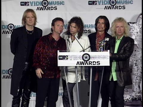 aerosmith at the mtv video music awards at universal amphitheatre - mtv1 video stock e b–roll