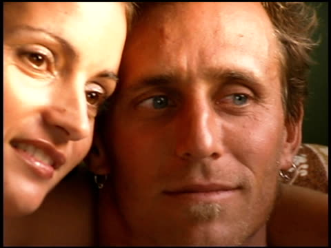 stockvideo's en b-roll-footage met affectionate couple - mid volwassen koppel
