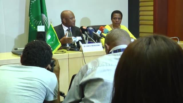 africa cdc head dr john nkengasong speaks to the reporters at the african union headquarters on march 10 2020 in addis ababa the number of... - bundesgesundheitsamt der usa stock-videos und b-roll-filmmaterial