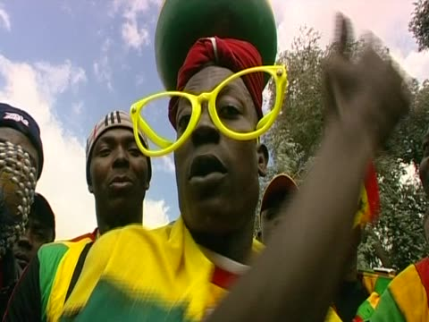 african football fans show support for ghana's football team during the 2010 world cup south africa - fußballweltmeisterschaft 2010 stock-videos und b-roll-filmmaterial