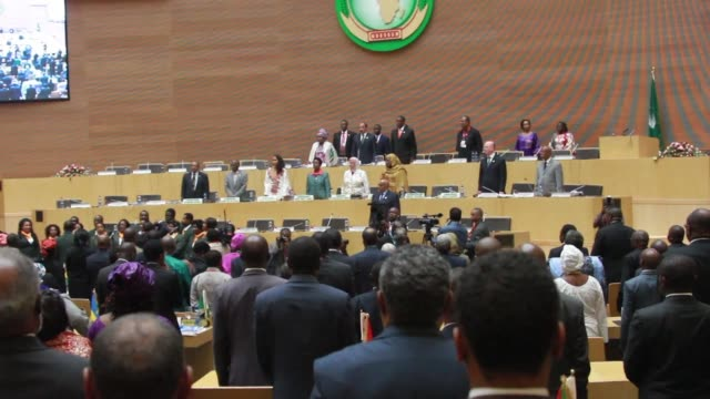 african leaders on friday toiled over how to stamp out two spiralling conflicts on the continent warning urgent solutions were needed to prevent... - corno d'africa video stock e b–roll