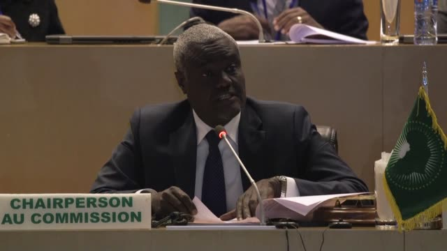 stockvideo's en b-roll-footage met african union chief moussa faki mahamat says the situation in the democratic republic of congo is highly worrying as continental leaders gather at... - hoorn van afrika