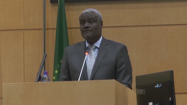 african union commission chairman moussa faki mahamat delivers a speech at the opening of the 30th african union summit at the au headquarters in... - 首脳会議点の映像素材/bロール