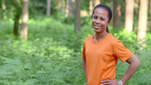 SLO MO DS African-American female runner portrait