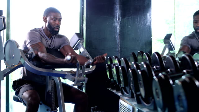 african-american man working out at the gym - weights stock videos & royalty-free footage
