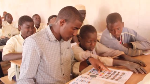 After a year in Turkey a Sudanese university student is now offering local children in his village free Turkish lessons on weekends Halid Osman a...