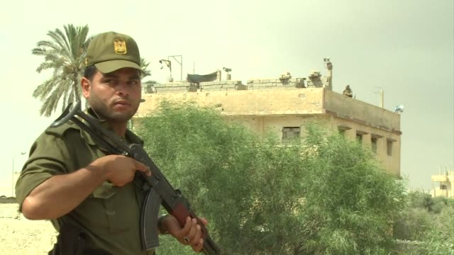 after egypt destroyed hundreds of tunnels linking them to the gaza strip at the end of june smugglers who use those routes to bring goods into gaza... - miteinander verbunden stock-videos und b-roll-filmmaterial