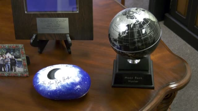 TX: Moon Rock Hunter on quest to track down Apollo gifts