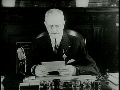 after receiving the distinguished service medal from president roosevelt general john joseph pershing delivers a statement in front of microphones... - john pershing stock videos & royalty-free footage