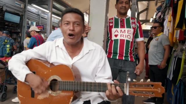 after seeing people lining up at pharmacies to buy face masks angel alvarado a colombian ecuadorian singer songwriter better known as 'allam el... - låtskrivare bildbanksvideor och videomaterial från bakom kulisserna
