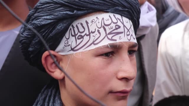 vídeos y material grabado en eventos de stock de after the taliban's rapid takeover of the country, the daily life began to slowly return to normal in the regions under control of the group. last... - kabul